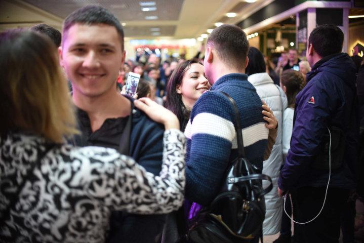 Фотоотчет «День Святого Валентина» в ТРЦ «Караван» Днепр