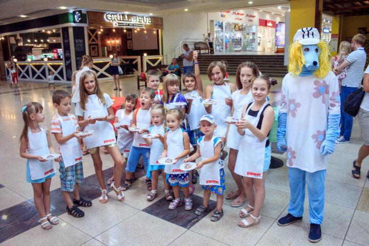 Фотоотчет детские ивенты «Август — Сладкий бум» в ТРЦ «Караван»