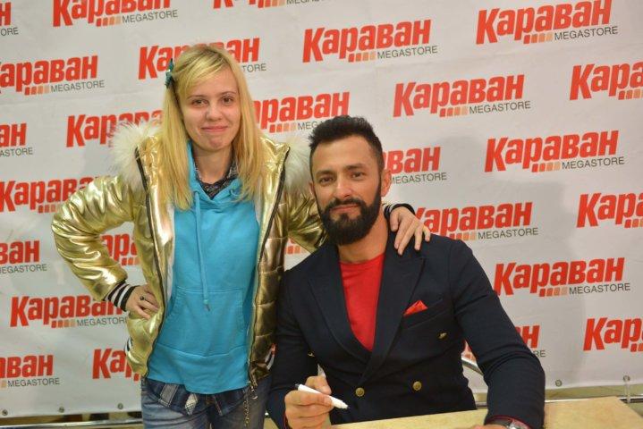 Фотоотчет Автограф сессия Kishe в ТРЦ «Караван»